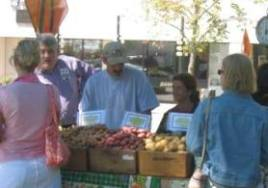 Pleasant Hill Farm's stall at the farmers' market. Photo courtesy of Rob Baratz.