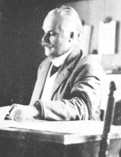 Desjardins at his desk prior to 1917.